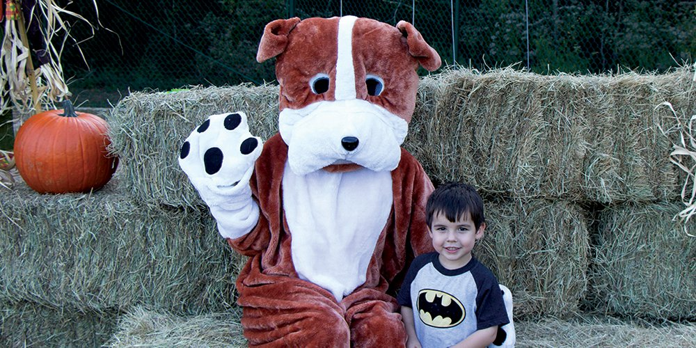 Howl-O-Ween Festival and Paw Parade 2016
